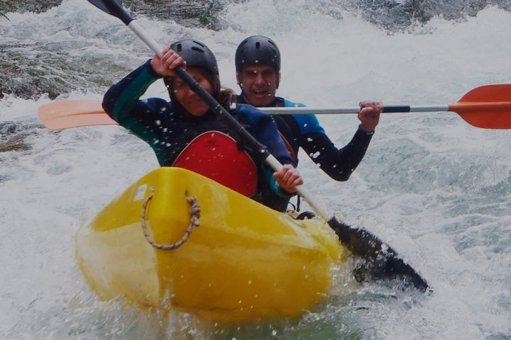 Descenso en canoa canadiense